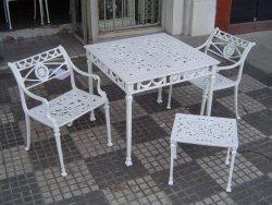 Jardinsolmuebles muebles de jardin aluminio muebles for Juego de sillones para balcon